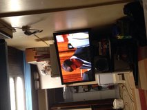 samsung 50in tv, excellent condition, free floating stand in Kaneohe Bay, Hawaii
