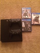 PlayStation 4 w/2 controllers and 3 games in Beaufort, South Carolina