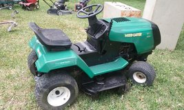 Weed Eater by Murray 11.5 hp motor Lawn Tractor in Houston, Texas