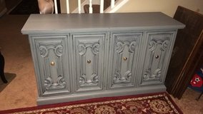All wood credenza/ buffet/ entertainment table in Naperville, Illinois