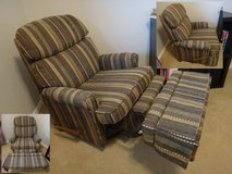 Comfy recliner lounge chair in Fort Leonard Wood, Missouri