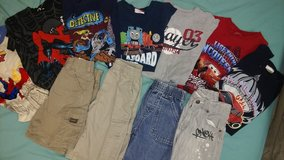 Boys bundle shorts and tshirts in St. Louis, Missouri