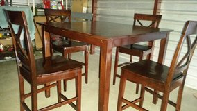 Dining table set with 4 chairs in Fort Bliss, Texas