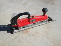 "Central Pneumatic 15"" Inline Sander in Yucca Valley, California"