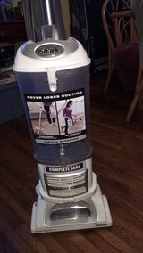Shark Pro Navigator Lift-Away NV355-31 VACUUM CLEANER MINT in Beaufort, South Carolina
