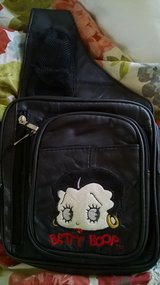 Betty Boop Sling Purse in Travis AFB, California