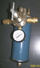 Central Pneumatic 1118 Air Pressure Regulator with Filter Dryer in Yucca Valley, California
