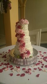 Wedding cakes, dessert tables, cupcakes, individual cakes in Kingwood, Texas