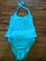 Motherhood Maternity High waisted Tankini size small in Fort Leonard Wood, Missouri