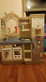 Little Tikes Kitchen with bbq grill in Fort Lewis, Washington