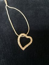 Heart necklace New in Fort Bliss, Texas