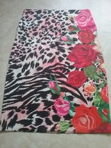 pencil skirt leopard pattern and roses in Baumholder, GE