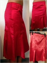 red silk satin tulip skirt in Baumholder, GE
