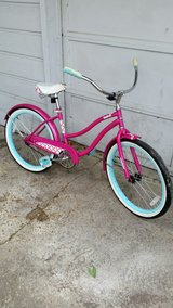 "24"" Girl's Cruiser in Houston, Texas"