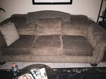 Beautifull down filled couch and matching love seat in Fairfield, California