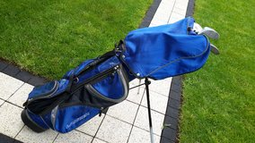 Golf Set with 11 Wilson Putter in Ramstein, Germany