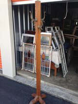 Antique Solid Tiger Oak Hat/ Coat Stand in Cherry Point, North Carolina