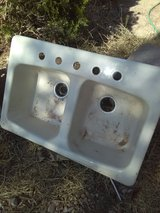 Cast Iron sinks in Alamogordo, New Mexico