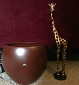 Vase with Giraffe in Columbus, Georgia