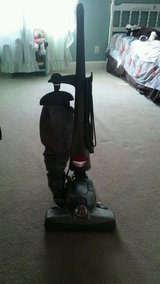 ALL THE HOUSE TOOLS IN ONE SHAMPOOER VACUUM AND MORE in Cherry Point, North Carolina