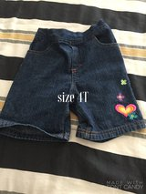 Girls shorts 4T in Lake Elsinore, California