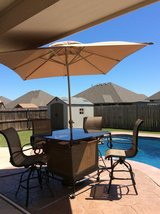 Patio Set w/ Umbrella in Lawton, Oklahoma