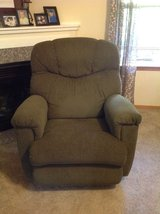 Lazy Boy Recliner in Fort Lewis, Washington
