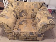 Free Chair Large bolster living room chair in Hohenfels, Germany