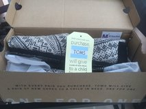 Women's TOMS Size 10 in Ramstein, Germany