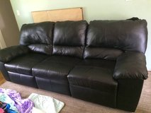 Leather couch in great condition. No stains/rips in Cincinnati, Ohio