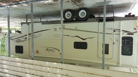 2004 Durango by KZ 30 ft Fifth wheel in Liberty, Texas