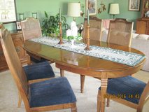 Extra-long Dining Room Table & 6 Chairs in Oswego, Illinois