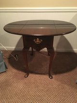 Side Table Traditional Dark Brown in Glendale Heights, Illinois