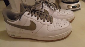 size 9 Nike Air Force 1 in Clarksville, Tennessee