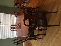 9 piece dinning room table/chairs in Elgin, Illinois