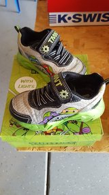 NEW LOW PRICE!-Pair Of Size 8 Teenage Mutant Ninja Turtles/TMNT Boys Velcro Shoes W/ Lights in Kissimmee, Florida