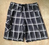 Boardshorts Hurley Swimwear Measures 32 Inches at Waistline in Chicago, Illinois