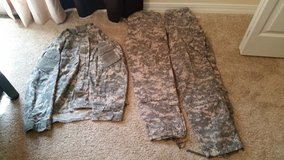 Men's ACUs in Fort Leonard Wood, Missouri