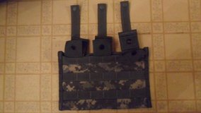 3 mag pouch in Fort Campbell, Kentucky