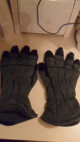 size 11 flyer's gloves in Fort Campbell, Kentucky