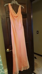Prom Dress 2, size 4 in Bartlett, Illinois