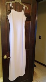 Dress 10, size 4 in Bartlett, Illinois