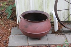 15 Gal Cast Iron Kettle in DeRidder, Louisiana