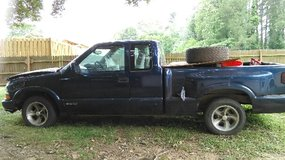 *needs motor* 99 chevy s10 in Birmingham, Alabama