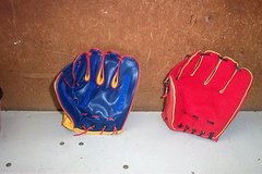 JR. SPORTS LEFT HANDED GLOVES & FOOTBALL STAND in DeKalb, Illinois