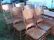 Oak table w/ 8 chairs ON SALE in Camp Lejeune, North Carolina