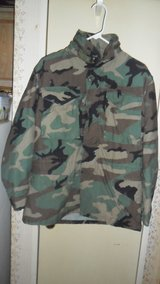 small/regular field jacket in Fort Campbell, Kentucky