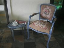 Armchair Louis XVI walnutwood with gobelin and small antique table. in Baumholder, GE