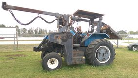 1999 New Holland TS 100 in Conroe, Texas