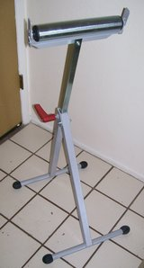 Workforce Adjustable Roller Stand Saw Table Extension Support in 29 Palms, California